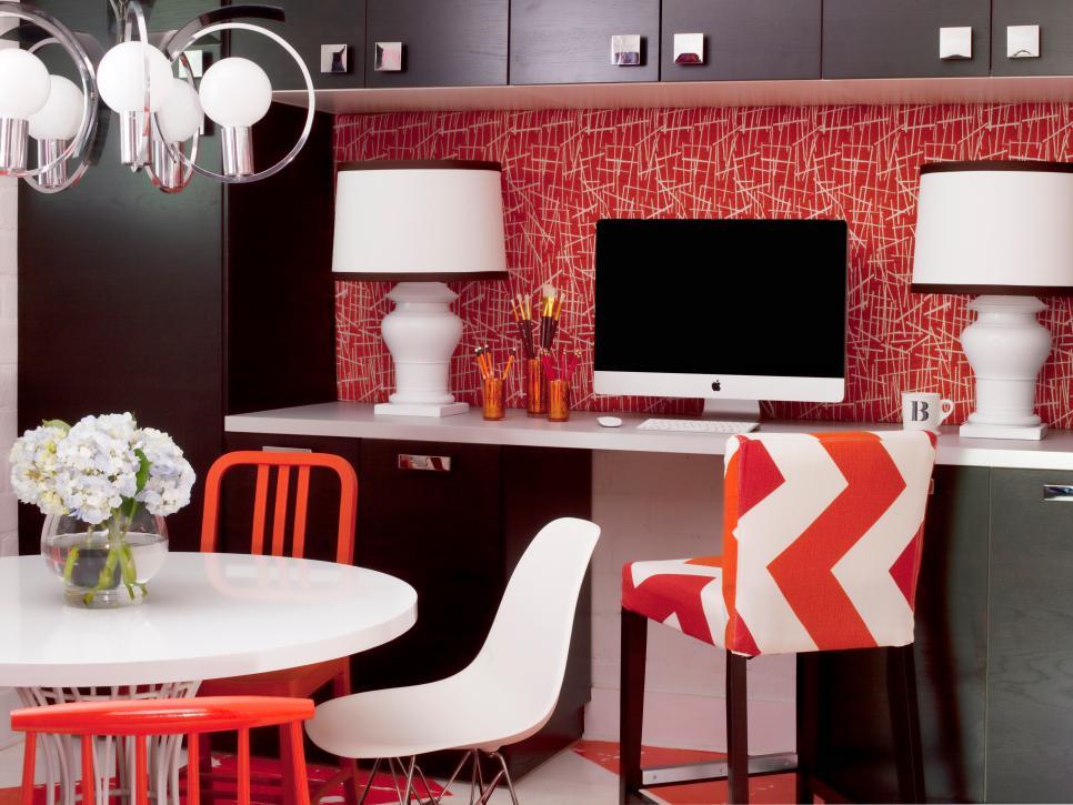 Original_Brian-Patrick-Flynn-designers-studio-workspace_s4x3.jpg.rend.hgtvcom.966.725