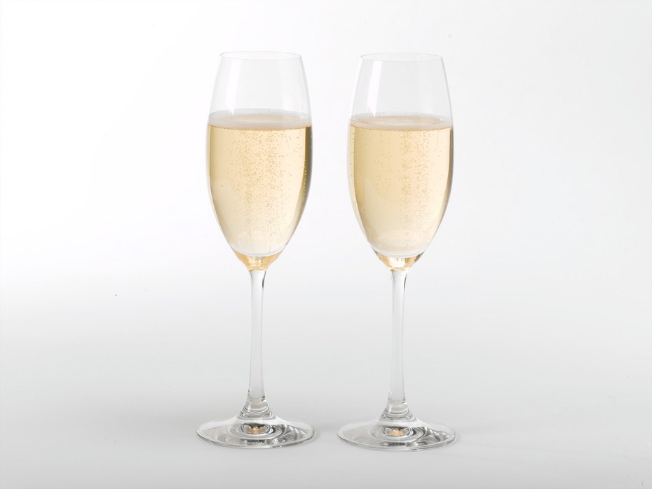 health-fitness-2012-12-champagne-cocktails-main