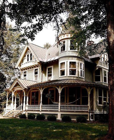wrap around porch style