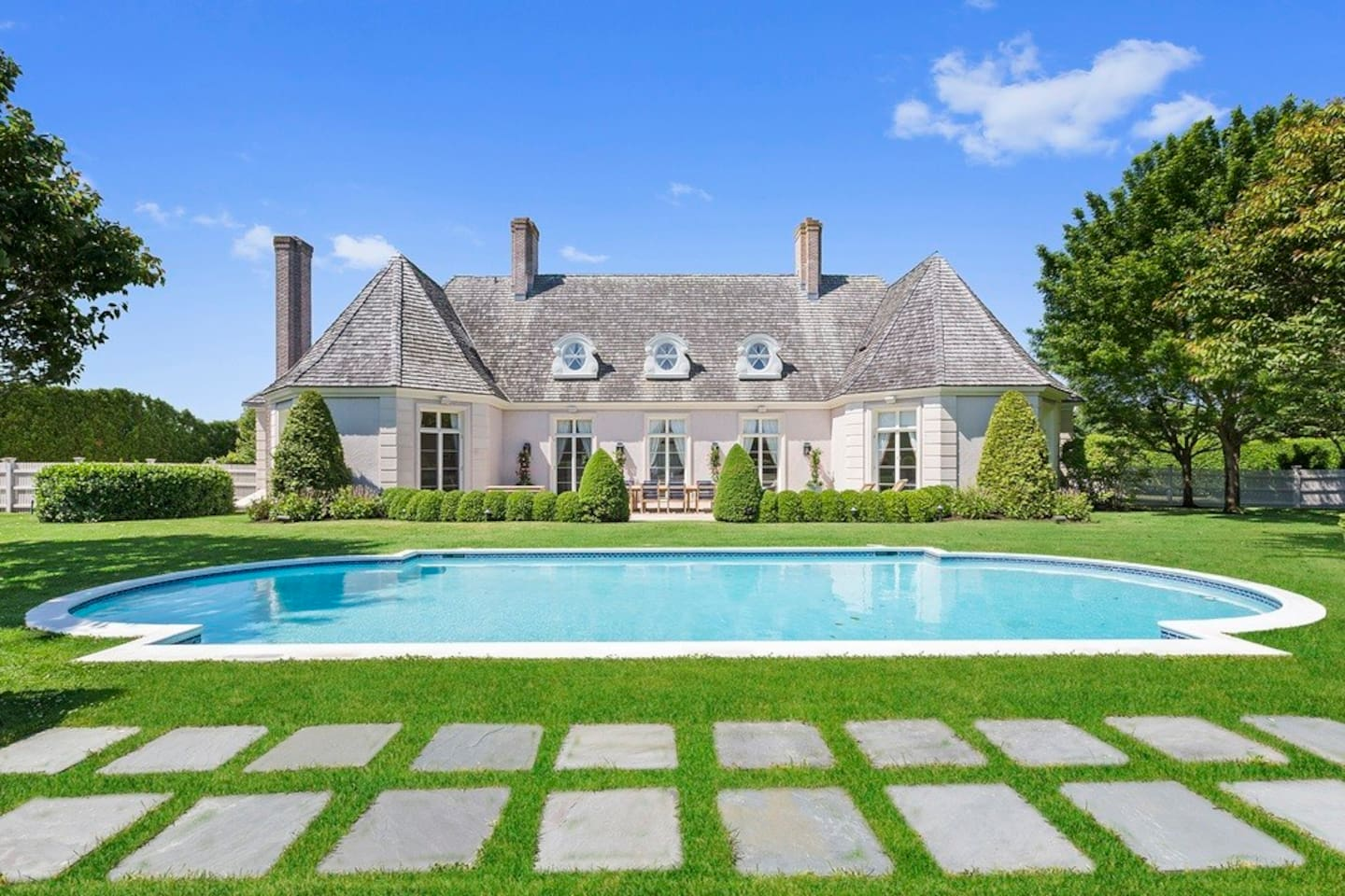 Summer lifestyle in the Hamptons