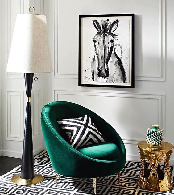 You can do any shade of green that you like emerald spring green or chartreuse it looks particularly striking when paired with black and white prints