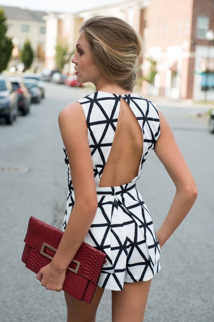 Black & White Outfits For Every Close